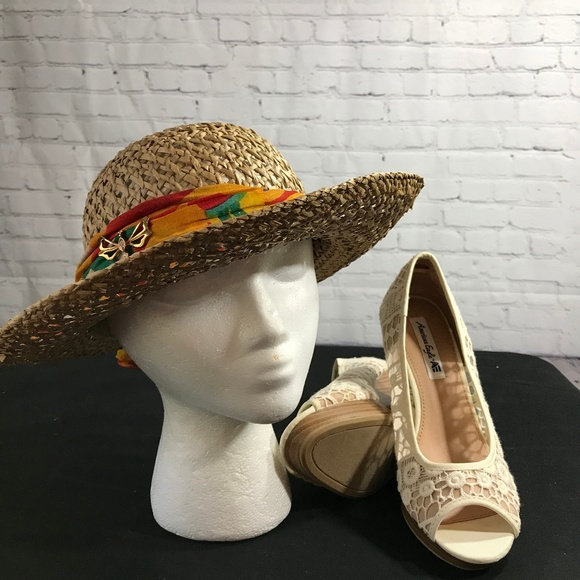 e4ae216ea Vintage Ladies Straw Hat with Bright Scarf
